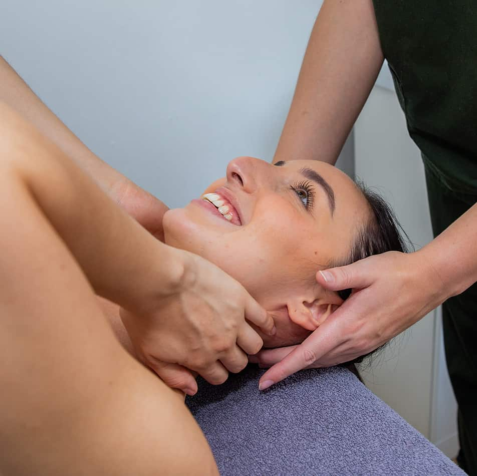 Sports Massage treating neck pain