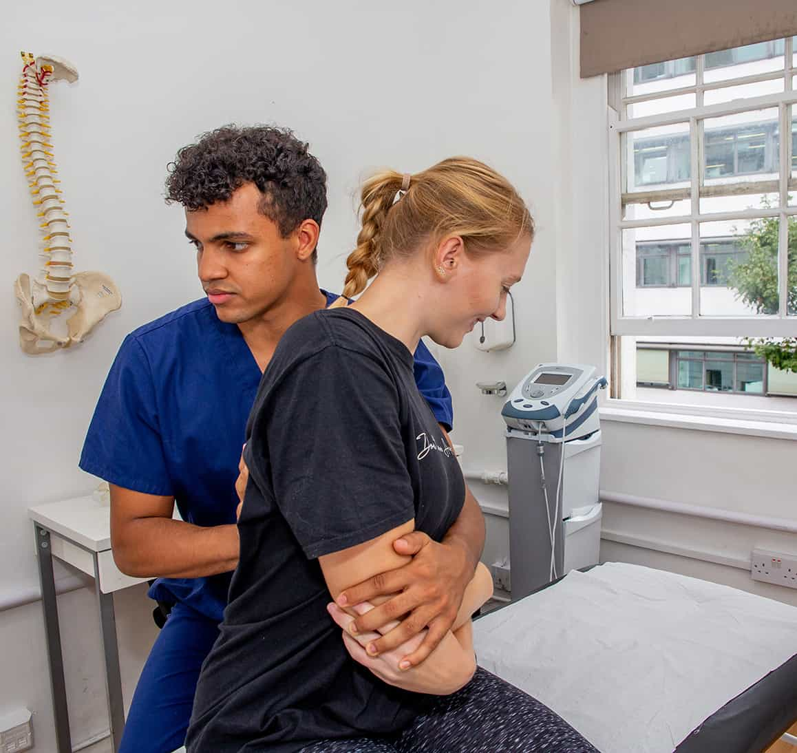 Osteopathy Treating Mid Back Pain