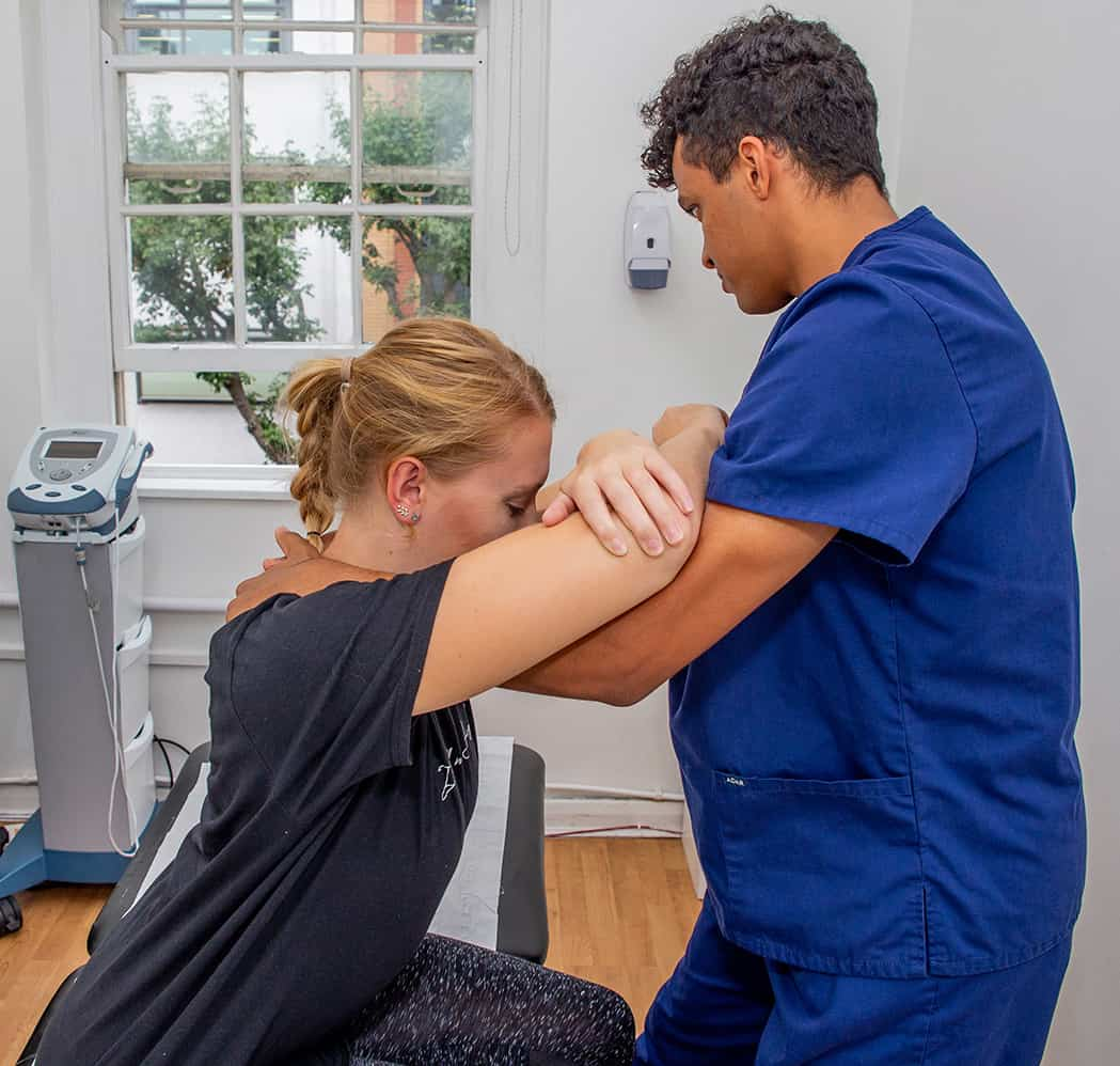 Osteopathy Treating Shoulder Pain