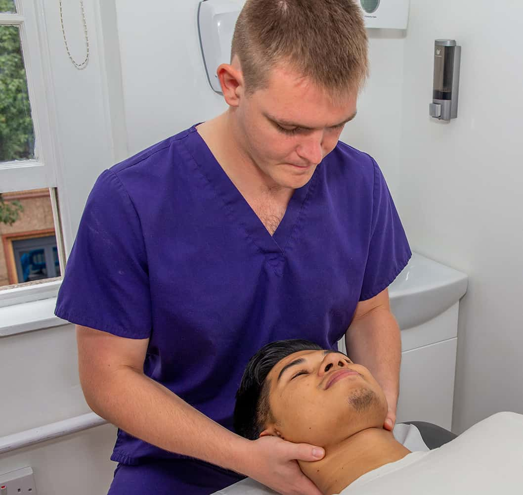 Physiotherapy treating headaches